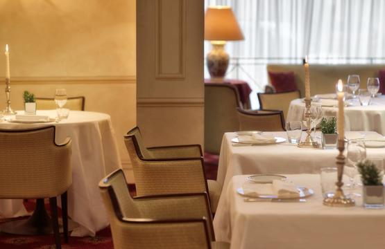 Sina-Marialuigia-ristorantemaxims7-ristorazione.5f092be90650f8855d963407adcd7227