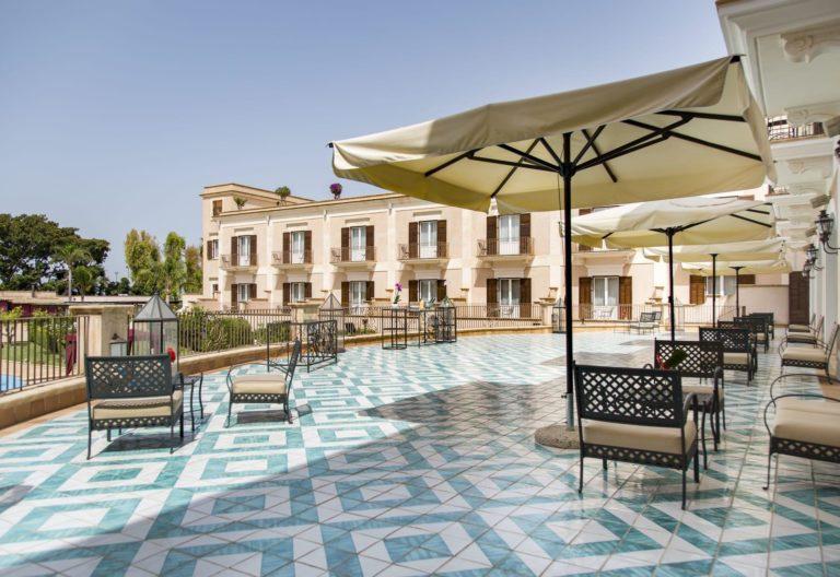 giardino_di_costanza_resort_lobby_bar_terrace_terrazza