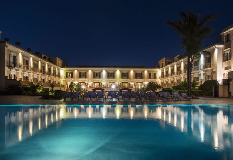 giardino_di_costanza_resort_sicilia_sicily_night_view