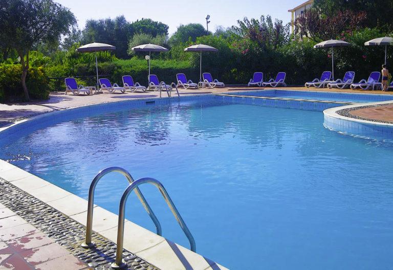 hotel-latorre-barisardo-piscina041