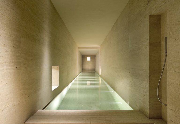 Vaselli_Montalcino (28)_travertine swimming pool