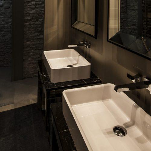 JUNIOR-SUITE-TRIPLE_bathroom-gallery-1024x750